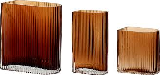 Vase, grooved glass, brown -choose from 3 sizes