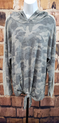 CAMO HOODED PULLOVR