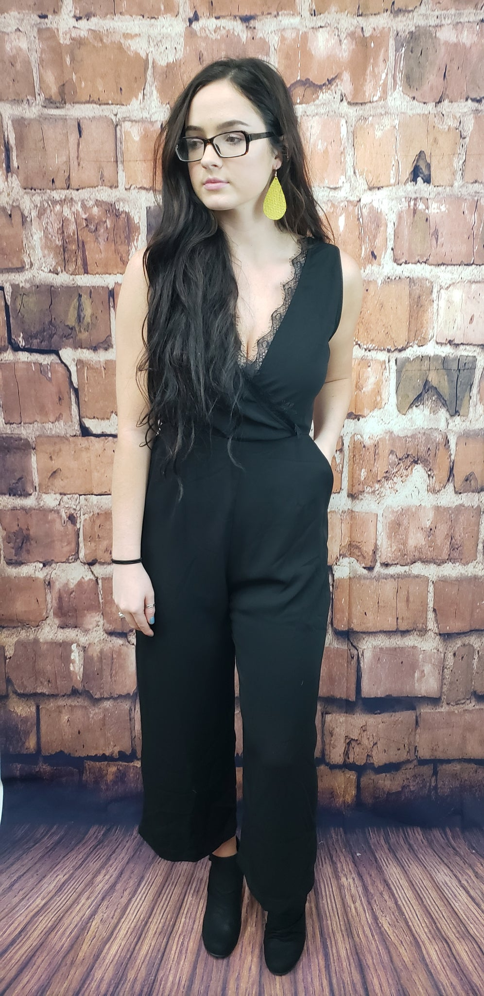 'FOREVER KNOWN' BLACK ROMPER