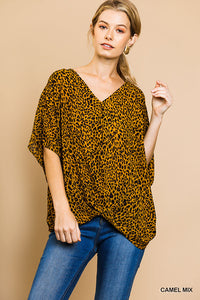 CHEETAH FRNT GATHERED TOP