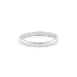 Martelé Ring in Silver