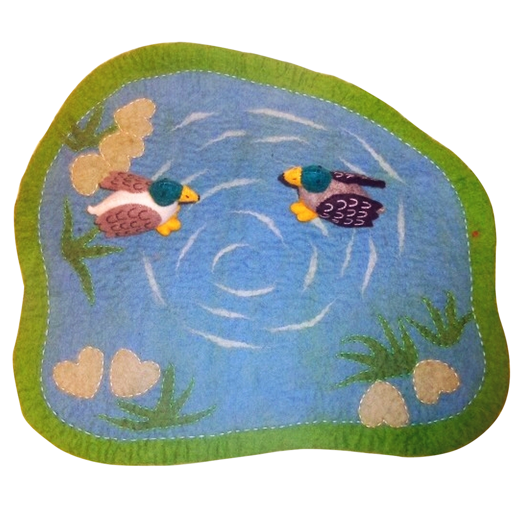 Papoose felt duck pond with two ducks