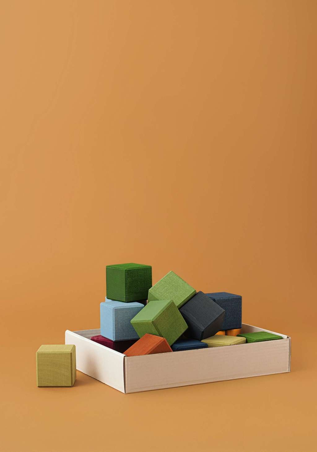 Raduga Grez earth colours wooden cube set
