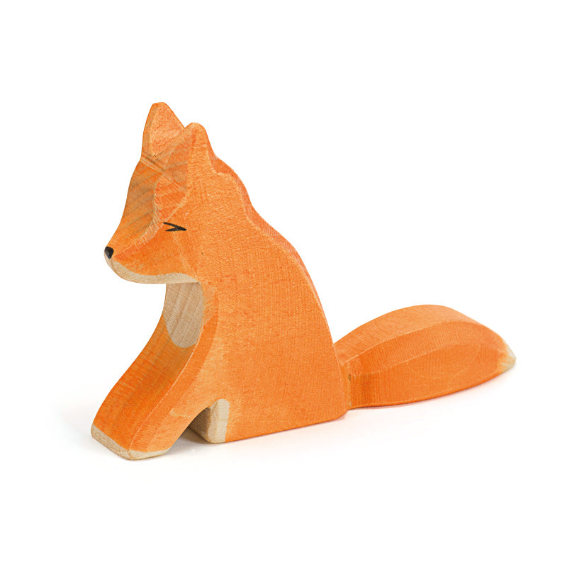 Ostheimer wooden fox sitting