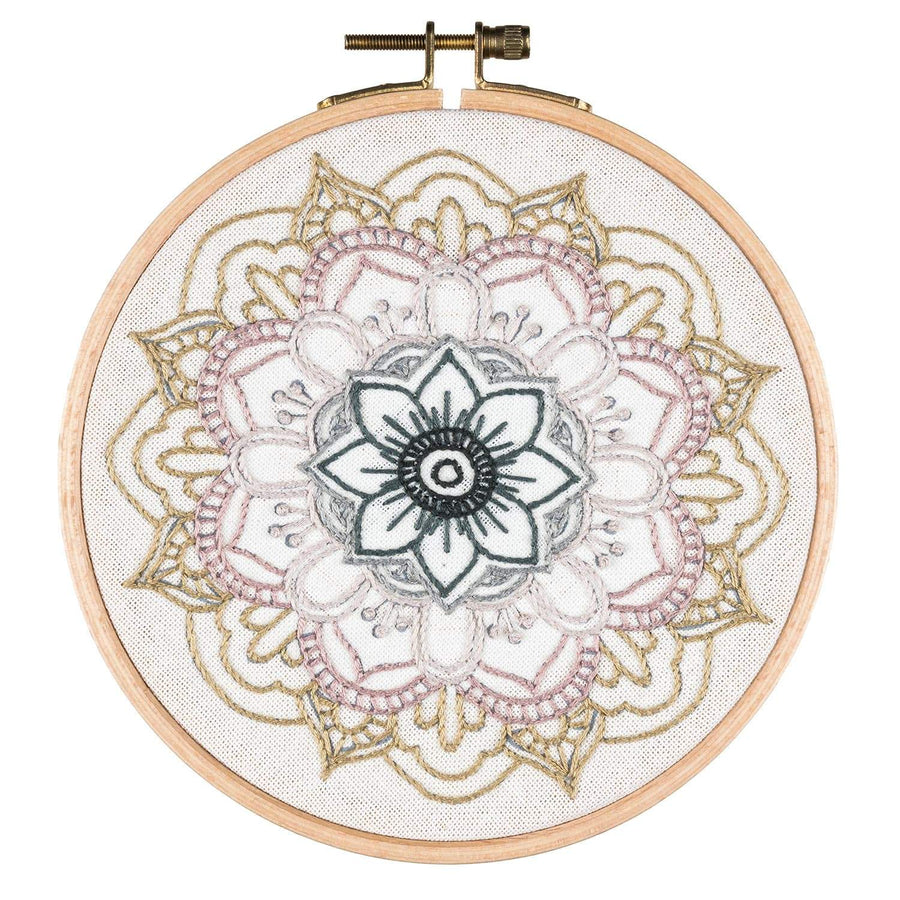 Numero 74 Hoop Embroidery Kit Mandala - Nature
