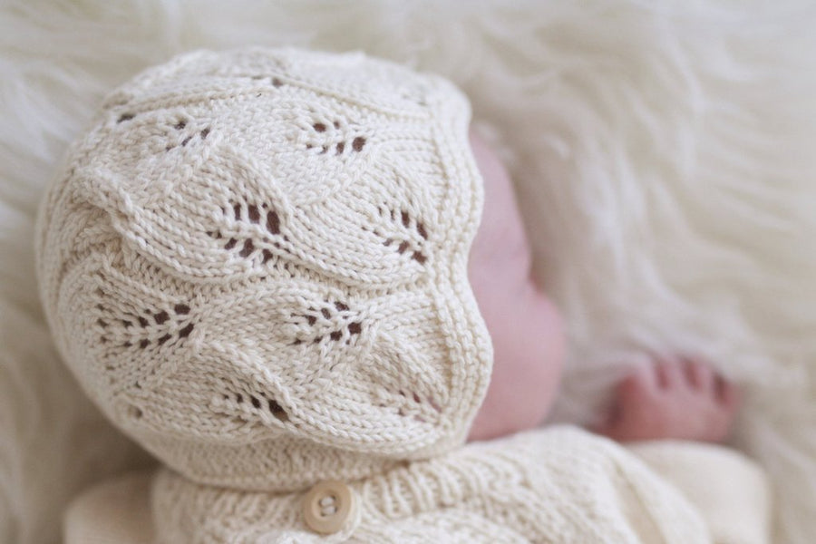 Miou organic cotton Leaf bonnet in cream