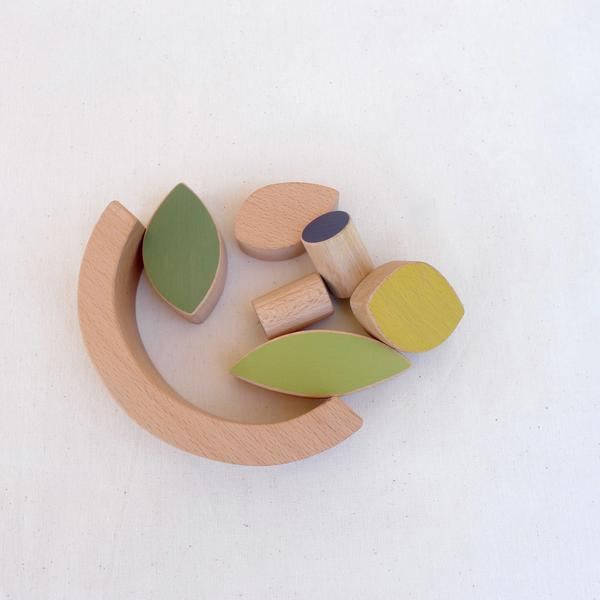 The Wandering Workshop wooden leaves and blueberries stacking toy