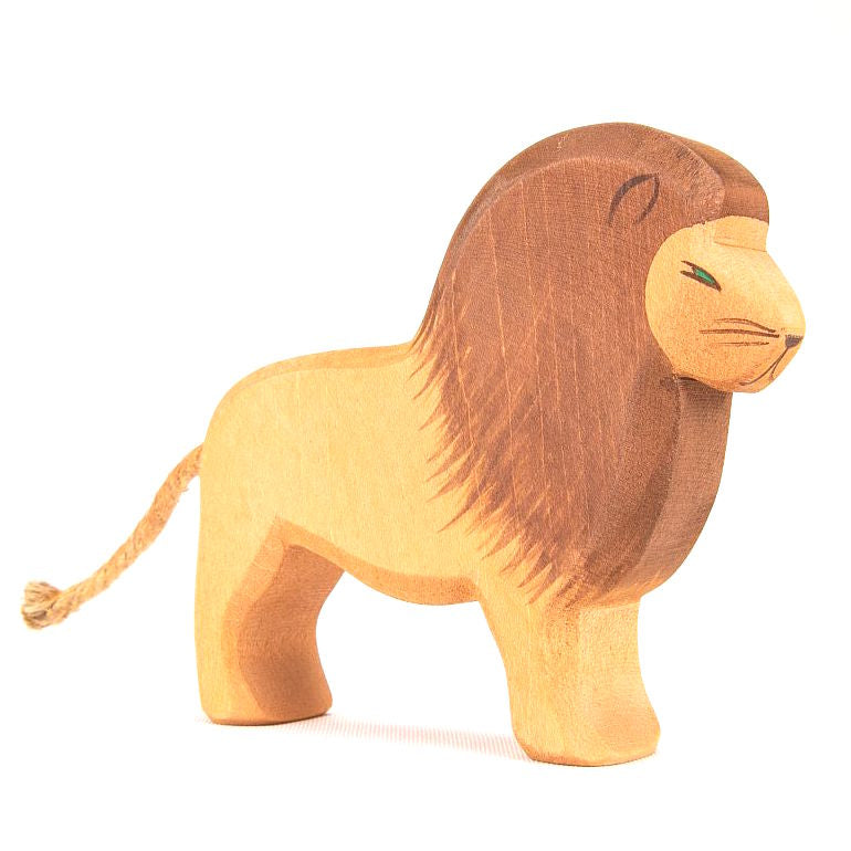 Ostheimer wooden lion male