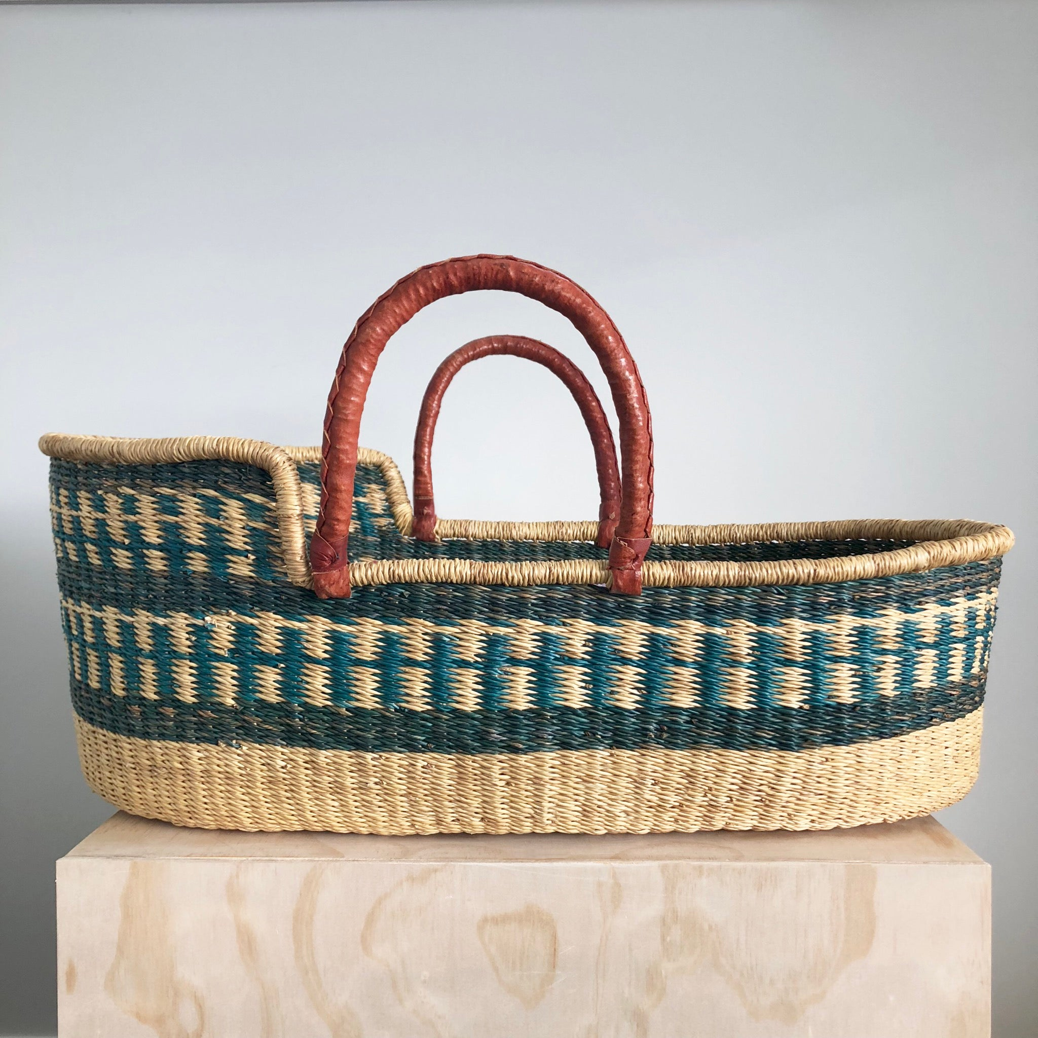 Moses Basket - Green