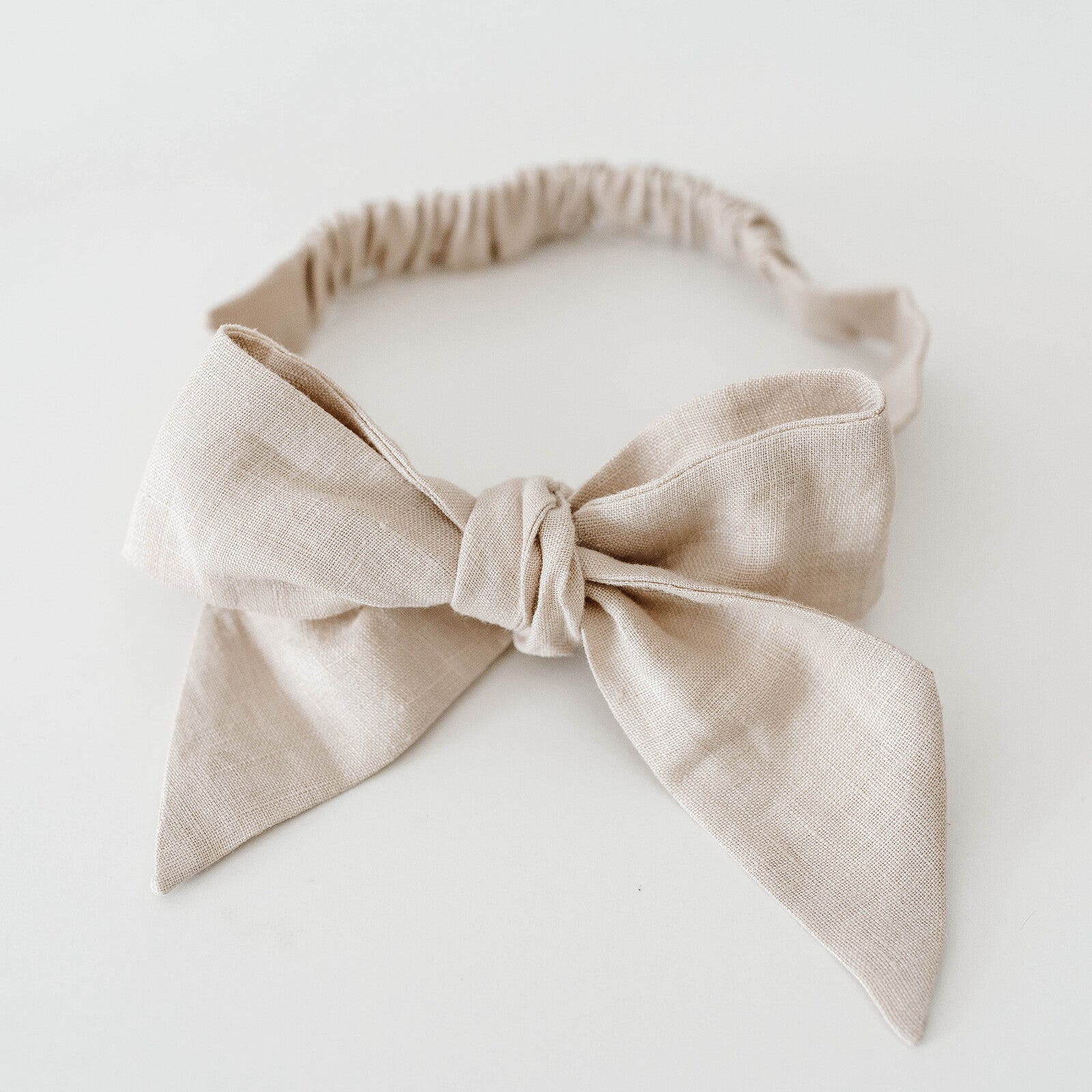 Snuggle Hunny Kids Natural Linen Baby Bow Pre-Tied Headband Baby Wrap