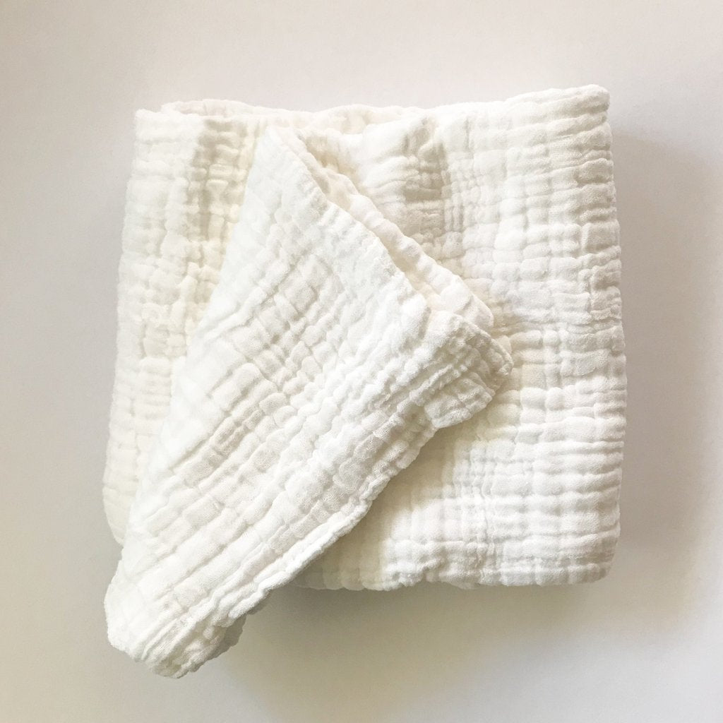 Dove and Dovelet organic cotton 6 layer white muslin blanket