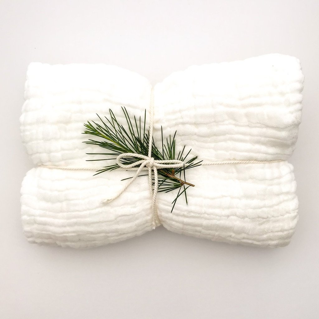 Dove and Dovelet organic cotton muslin blanket in white
