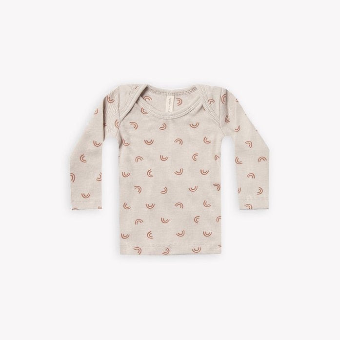 Quincy Mae ribbed longsleeve baby tee - stone with all over rainbow print