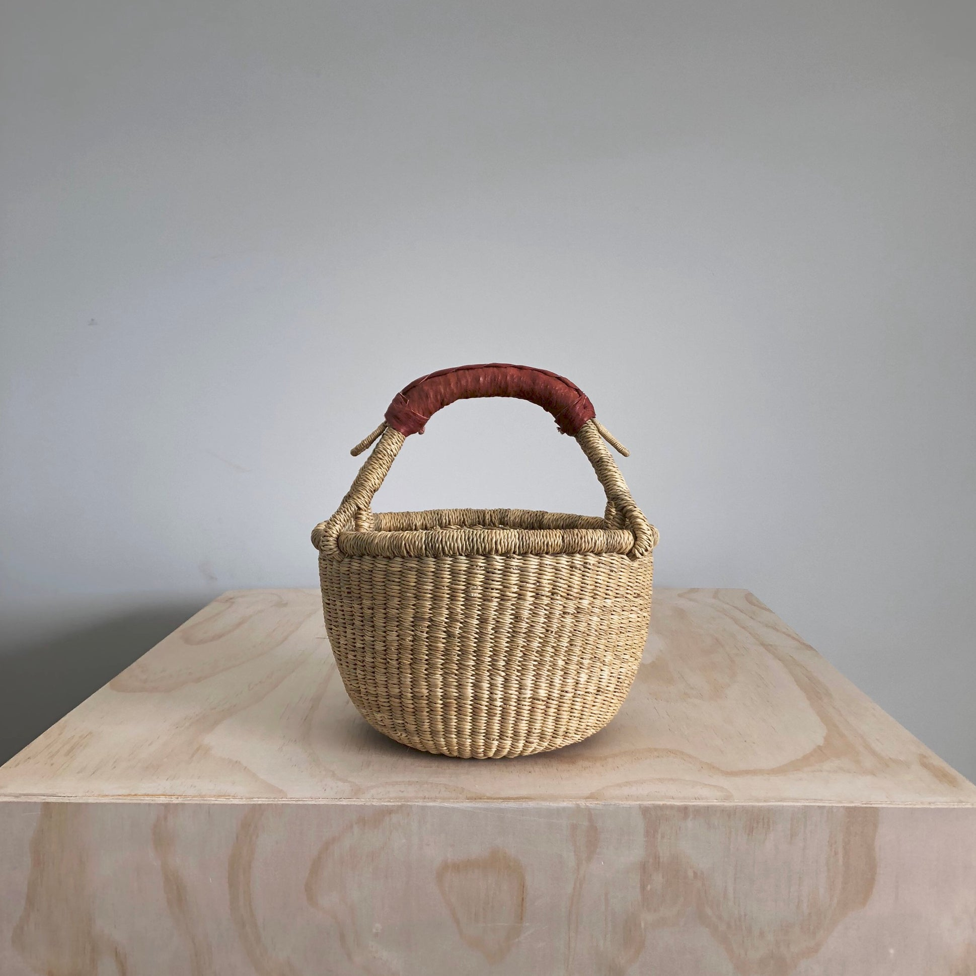 Mini Round Basket - Natural