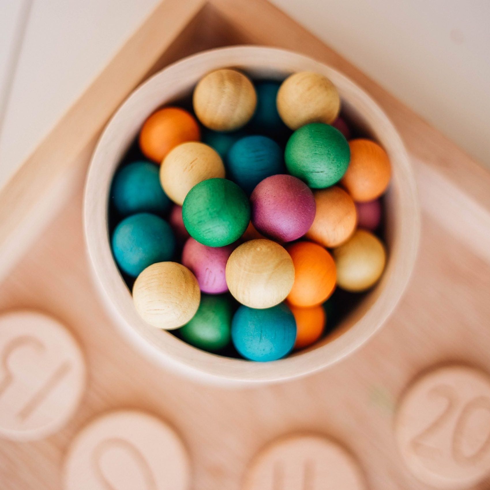 Qtoys wooden balls - set of 50 colourful