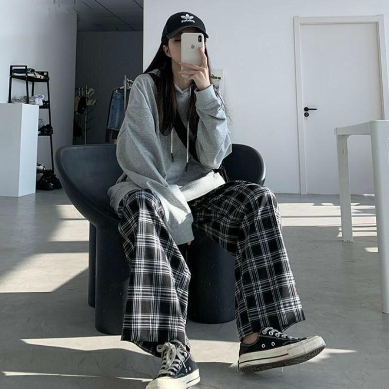 Wide Leg Checked Pants