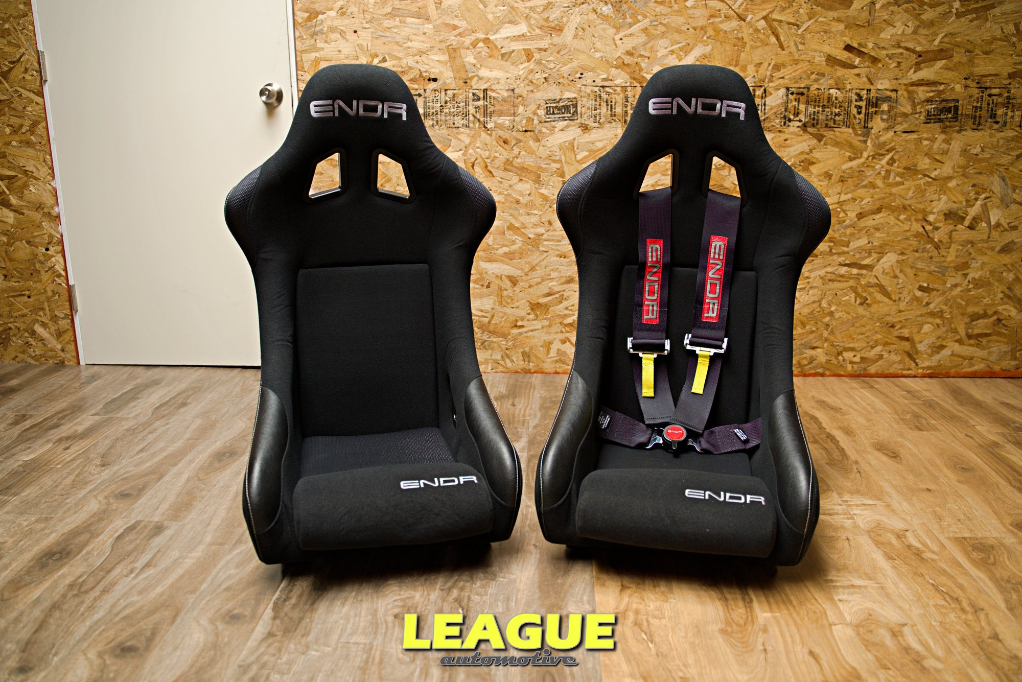 ENDR Recon FIA Competition Racing Bucket Seat ( Fixed Back )