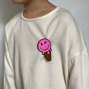 Badge Ice Cream Bright Pink
