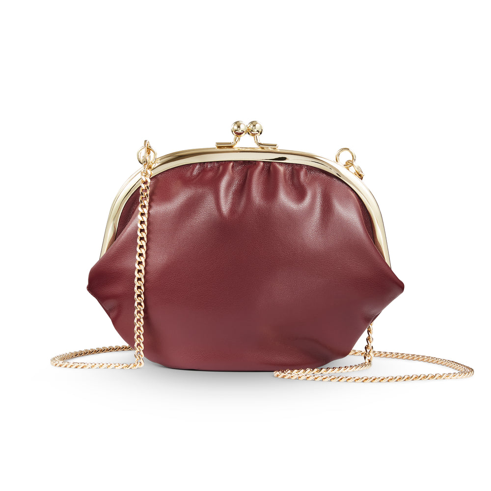 Clutch On Chain Burgundy