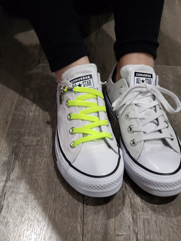how to tie converse without laces showing