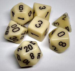 Chessex 25400 Opaque: Ivory/Black - Polyhedral (7 Dice)