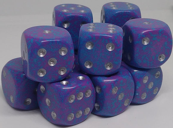 Chessex 25747 Speckled: Silver Tetra - 16mm D6 (12 Dice)