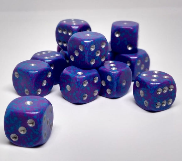 Chessex 25947 Speckled: Silver Tetra - 12mm D6 (36 Dice)