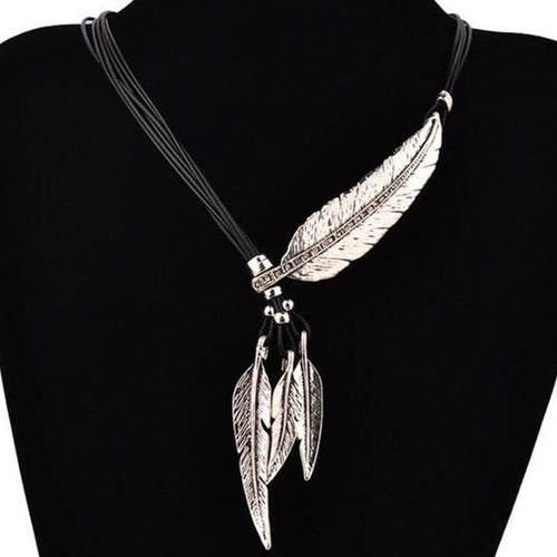 Metal Feather Pendant Necklace