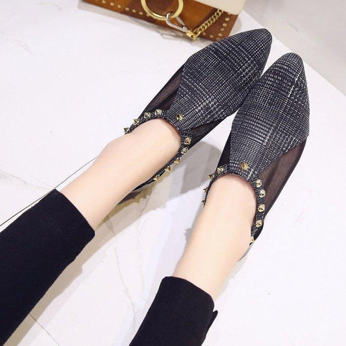 New Versatile Pointed Thick Rivet Casual Flats Shoes