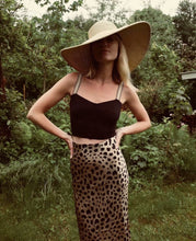 Load image into Gallery viewer, Fashion Sexy Leopard Print Skirt