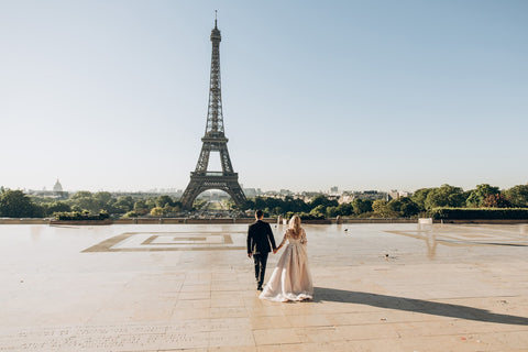 Paris is a popular destination for weddings and newlyweds (Pexel image)