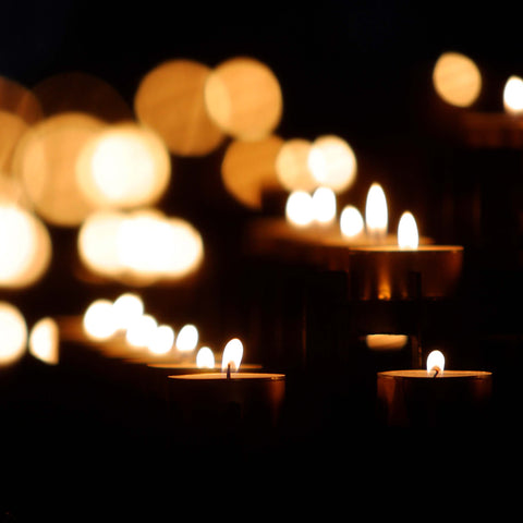Candles around the world - Pexel image