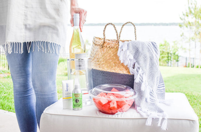 Must-Haves for Easy, Breezy (barefoot) Summer Hosting