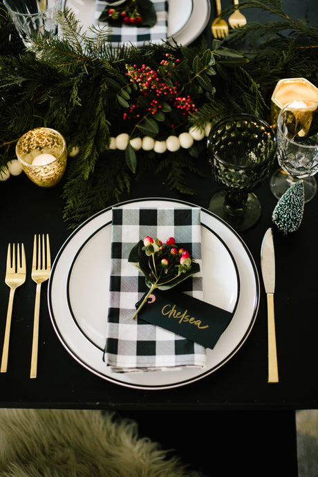 Guest Mostess: Katilin Moss of The Every Hostess shares her holiday entertaining tips!
