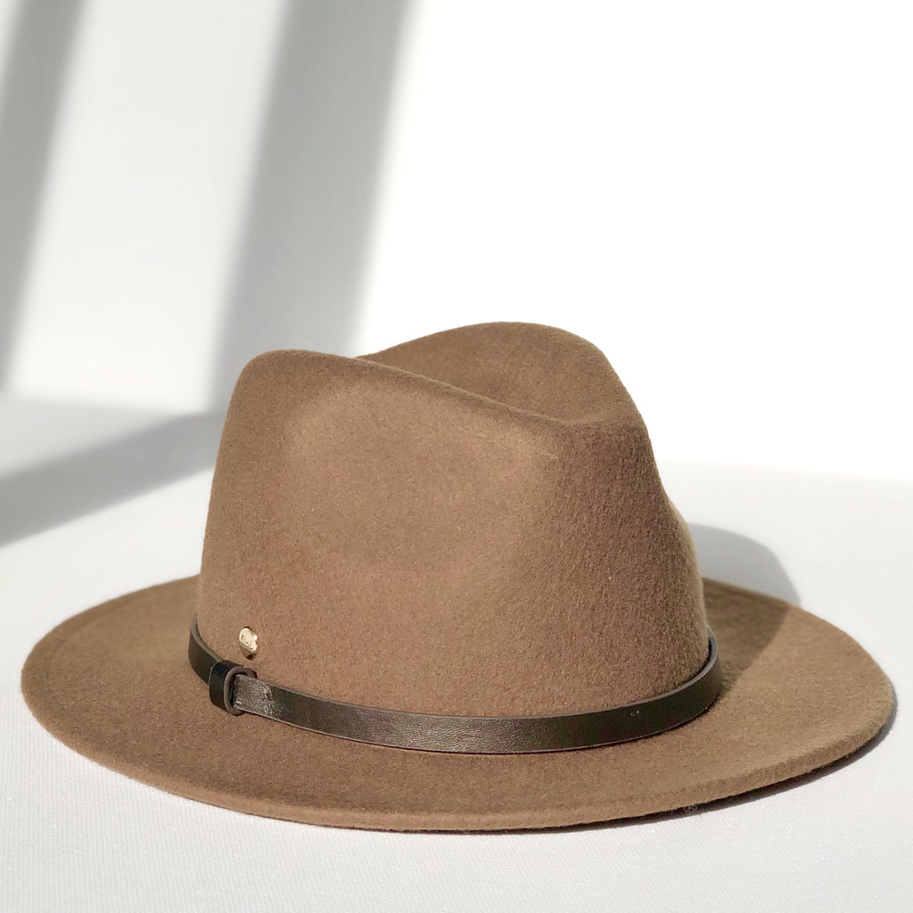 fini. Brown Olive Fedora