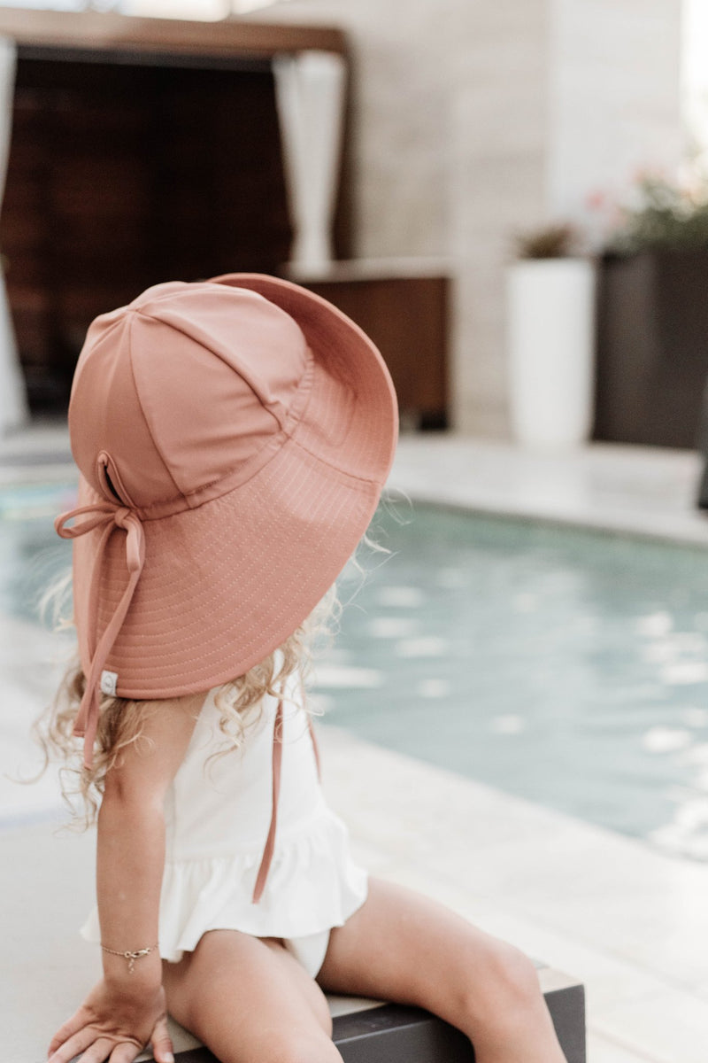 fini. SWIM Floppy Hat - Cocoa