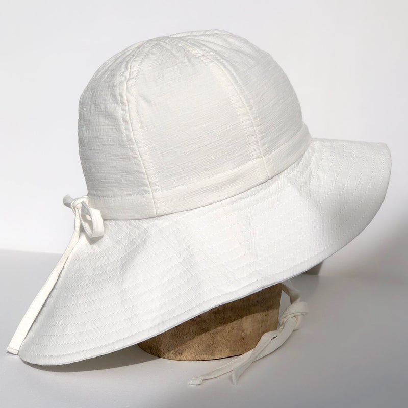 fini. Floppy Hat - Off White