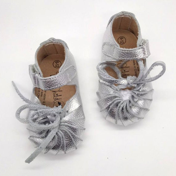 Curly Moccasin Sandals