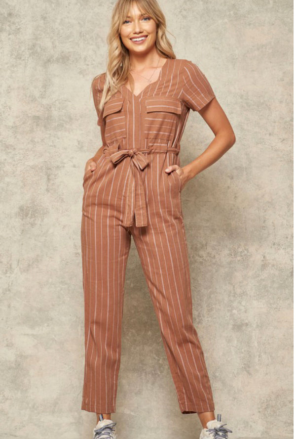 This Coco Camel striped woven jumpsuit has a placket front with concealed closure + high-waist design (we LOVE a high waist!!) plus it has pockets & a removable self-tie belt.