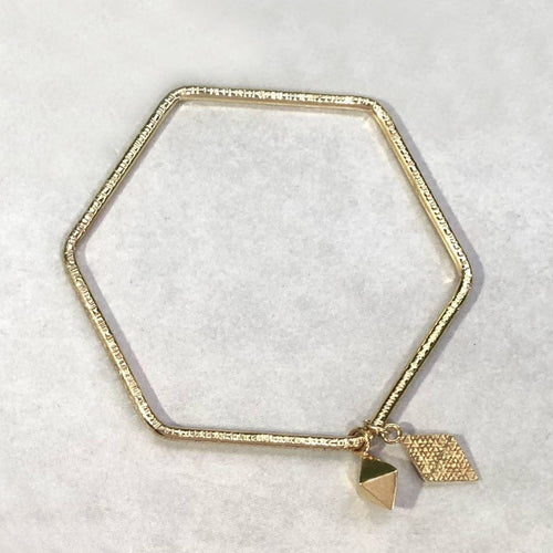Hexagon Bangle w. Geometric Charms
