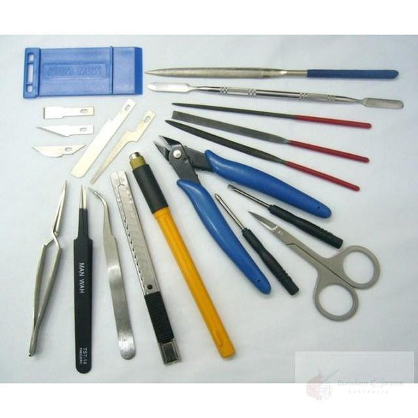 Manwah 22 Piece Modellers Tool Kit whats included