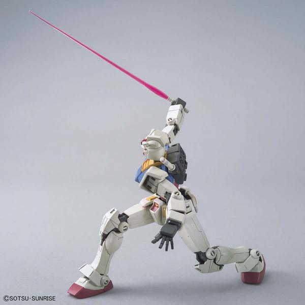 Bandai 1/144 HG RX-78-2 Gundam (Beyond Global) action pose with beam sabre