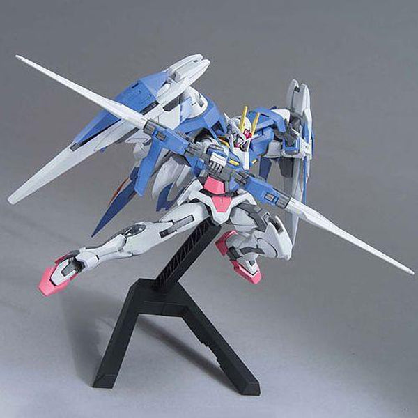 Bandai 1/144 HG 00 Raiser (Designer's Colour) action pose 3