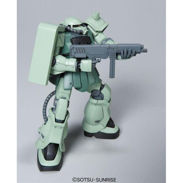 Bandai 1/144 HGUC MS-06F-2 Zaku F2 ZEON action pose 2