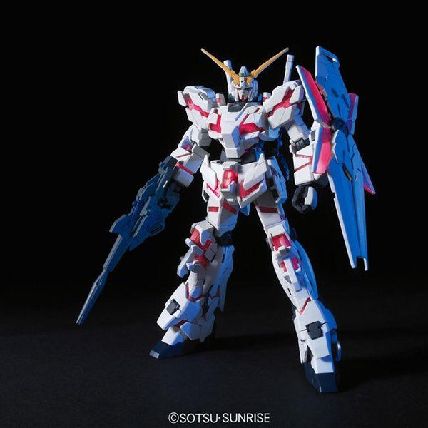 Bandai 1/144 HG Unicorn Gundam (Destroy Mode) front on pose