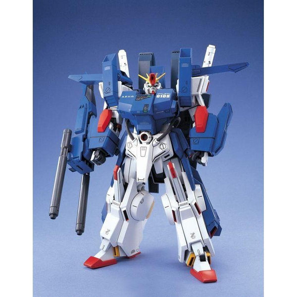 Bandai 1/100 MG FA-010S Full Armour ZZ Gundam front on pose