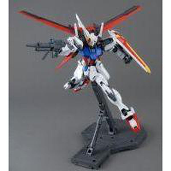 Bandai 1/100 MG Aile Strike Gundam Ver.RM Side Pose 1