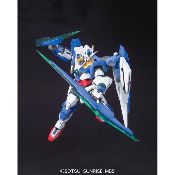 Bandai 1/100 MG 00 Qan[T] action pose with sword