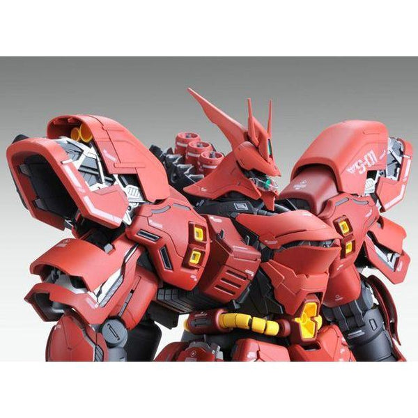 Bandai 1/100 MG Neo Zeon MSN-04 Sazabi Ver.Ka close up shoulder side on