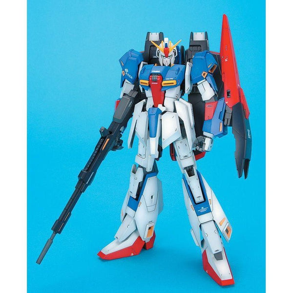 Bandai 1/100 MG MSZ-006 Zeta Gundam Ver 2.0 front on pose
